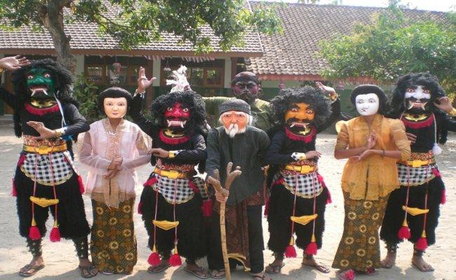 Dongkrek kesenian asli daerah Madiun
