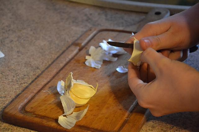 Cara Pembuatan Pestisida Nabati Dari Bawang putih