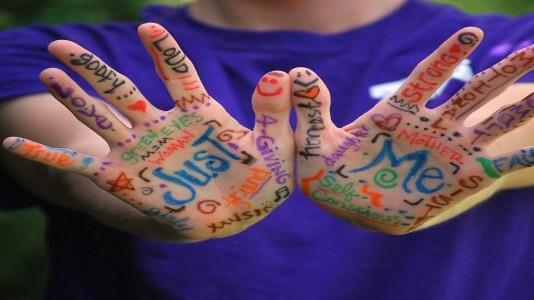 Sinestesia Adalah Makna Baru dari Penggabungan Kata